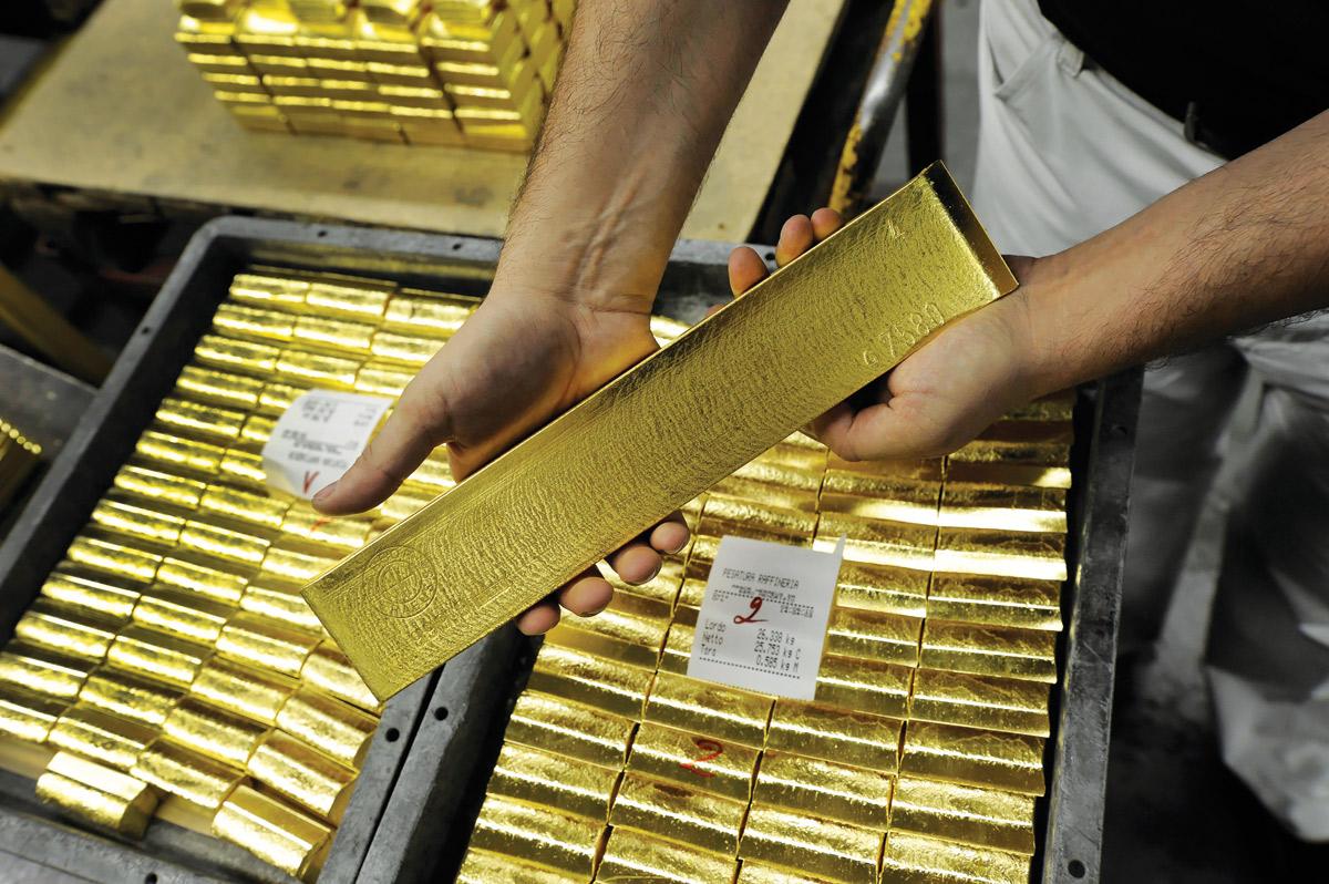 """США в 2020 году стали """"золотоколонкой"""": экспорт золота из этой страны побил все рекорды России"""
